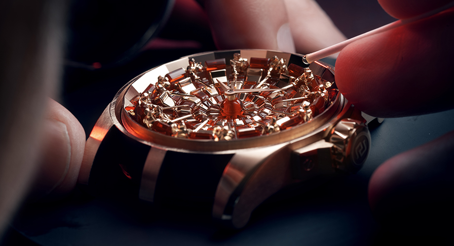Roger Dubuis Returns To The Round Table, Round Table Watch
